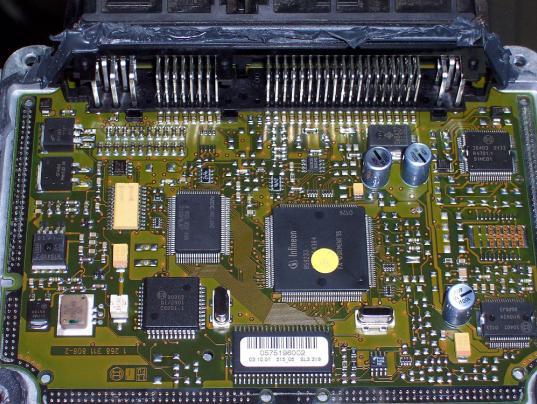 Reparaturen Motorsteuergeräte Mercedes-Benz | ITC-Technologie